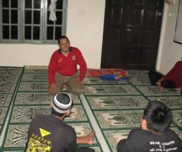 Saudara Aziz selaku Ketua Penerangan DPPNS memberi penerangan sebelum aktiviti dakwah bermula